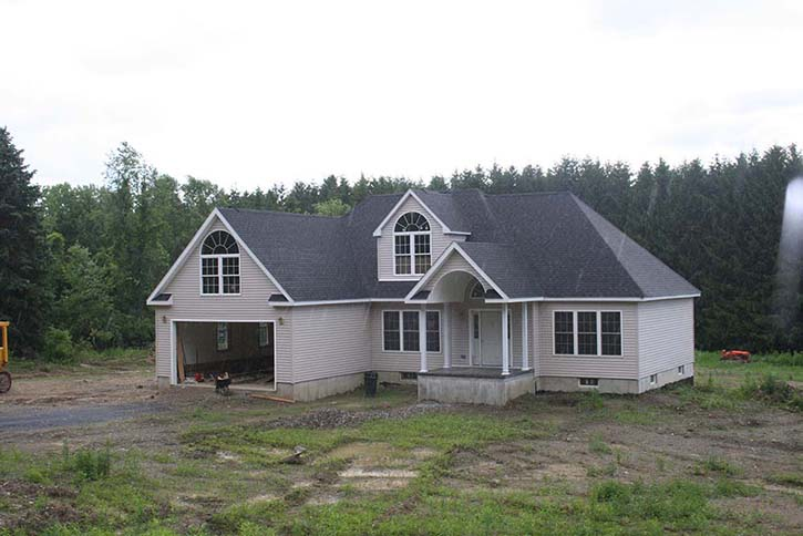 ranch-with-hip-roof-and-2-car-garage